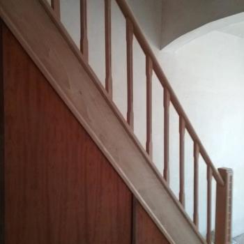 Huis en Tuin Klusdienst - Meubelrenovatie & Boomstam Tafels